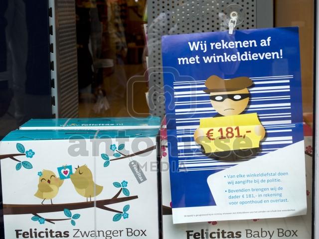 WINKELDIEFSTAL KOST 181 EURO