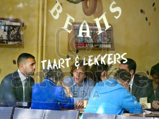 Badr Hari luncht met zijn advocaten